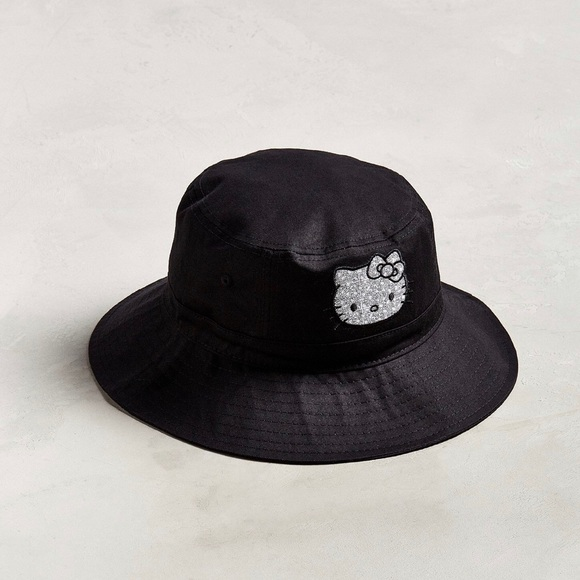 2714e485 Urban Outfitters Accessories | Uo Hello Kitty Lounge Fly Black ...